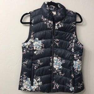 Loft blue and white floral vest size small